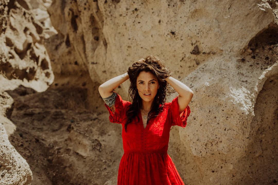 Videógrafo y fotógrafo de bodas en Santorini